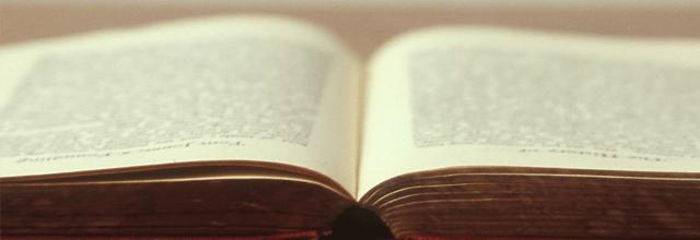 książka otwarta przeczytana pisanie