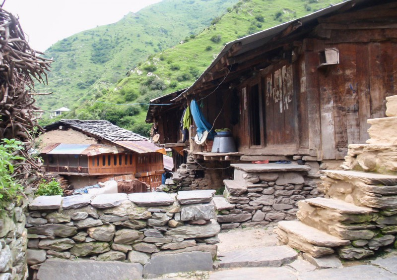 Indie, Himáčal, Pradéš, hory, vesnice [Mart Eslem]