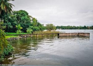 Ubytování na vodě v Ecolodge Nutria Marina, Rio Dulce, Guatemala (Mart Eslem)
