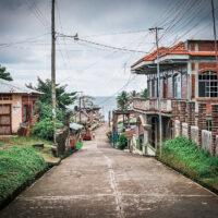 Calle Principal, Livingstone, La Buga, Guatemala (Mart Eslem)