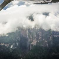 Nejvyšší vodopád světa z okénka malé Cesny (Mart Eslem)