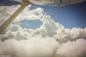 V oblacích nad stolovými horami ztraceného světa (Mart Eslem)