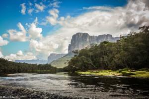 Stolové hory zvané tepui ve Venezuele (Mart Eslem)
