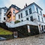 Zástavba na úpatí hory Floyen v Bergenu (Mart Eslem)