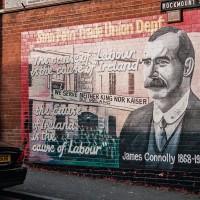 Nástěnné malby tzv. murals v západním Belfastu (Mart Eslem)
