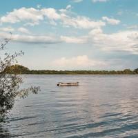 Na břehu řeky Uruguay v Colónu – Colón, Argentina [Mart Eslem]