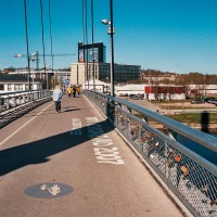 Most visacích zámků v estonském Tartu (Mart Eslem)