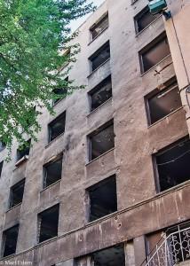 Stopy kulek z odstřelování Sarajeva (Mart Eslem)