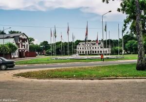 Okolí prezidentského paláce v Paramaribu (Mart Eslem)