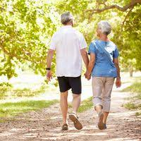 7 Benefits of Walking for Seniors