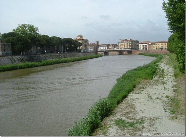640px-Arno_River_in_Pisa.honeydew