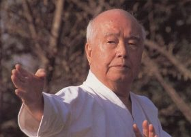 Kenei Mabuni (1918-2015)