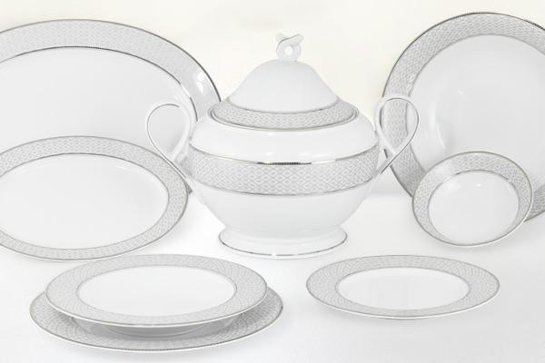 Servizio piatti fine porcellana decoro platino - Carisma