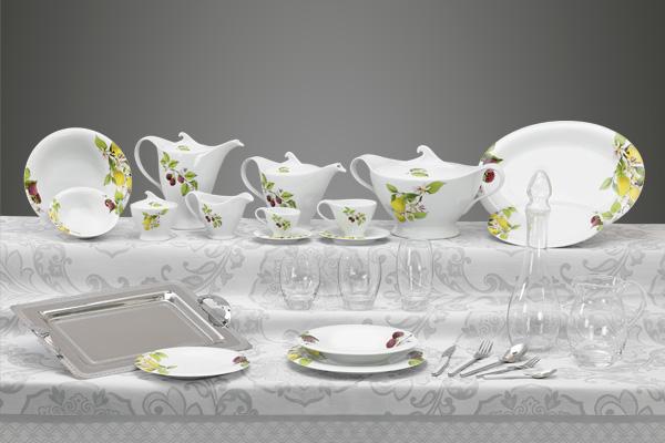 Coordinato piatti bicchieri e vassoi decorato limoni e lamponi