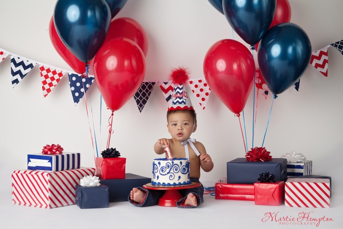 Look Who Is One Year Old Cake Smash Birthday Frisco Texas Photography