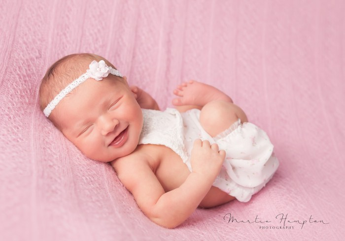 newborn photography frisco texas tx dallas plano little elm prosper dfw photography baby infant ideas ics pictures images infant martie hampton phototography https://www.facebook.com/MartieHamptonPhotography/
