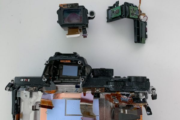 Teardown Sony A7RII-14