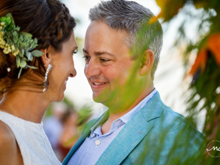 Bride & groom portraits at Blue Diamond Riviera Maya, Mexico. Martina Campolo Photography