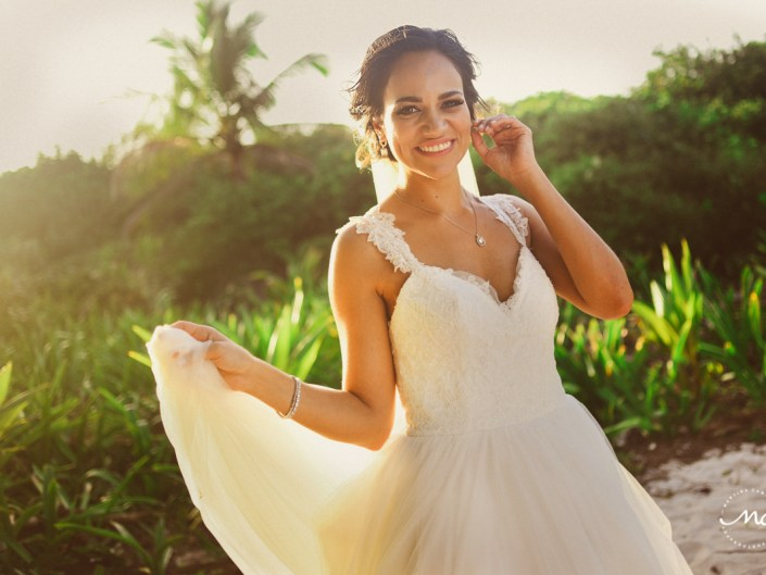 Destination bride portraits at Blue Venado Beach Wedding in Mexico. Martina Campolo Photography