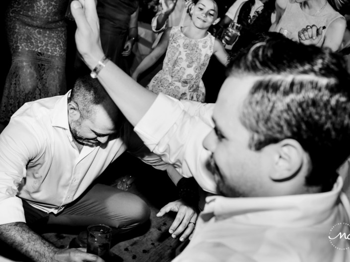 Wedding guests dance at Blue Venado Wedding in Mexico. Martina Campolo Photography