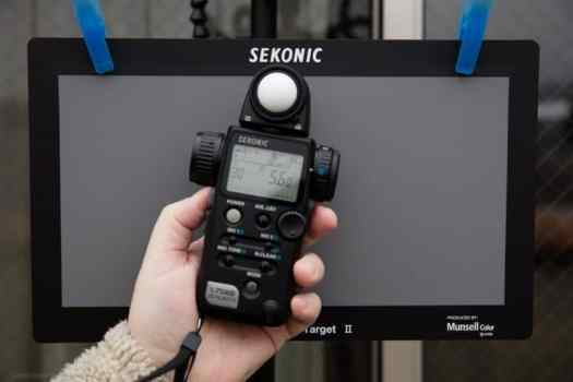 Sekonic L-758D Creating Profile - Metering the Light - Reflected