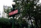 Metro, Avenue Victoria et Tour Saint Jacques