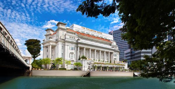 Facade of The Fullerton Hotel Singapore (Day)