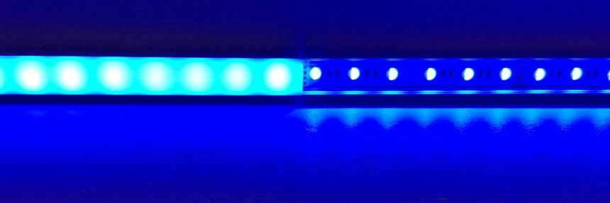 Diffused and non-diffused LED Light strip