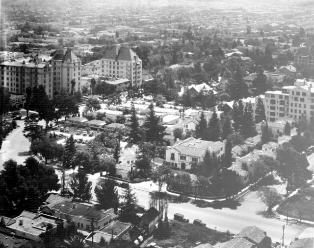 Aerial photograph of the Garden of Allah Hotel