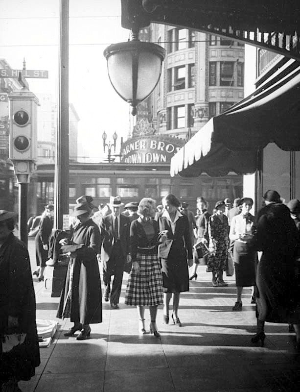 Outside Bullock's department store at 7th St. looking north towards Hill St., downtown Los Angeles, 1937