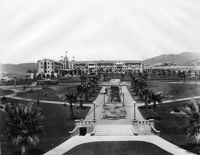 1915 - Beverly Hills Hotel and Sunset Park (Will Rogers Memorial Park)