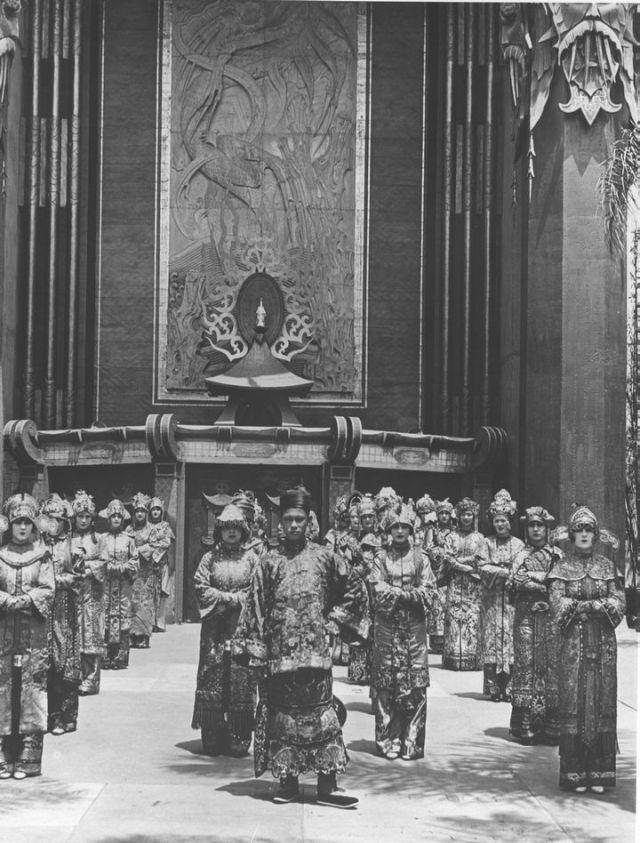 Ushers at Grauman's Chinese Theater, 1927.