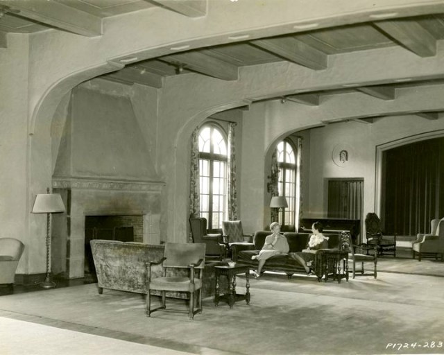Living room of the Hollywood Studio Club at 1215 Lodi Place, Hollywood