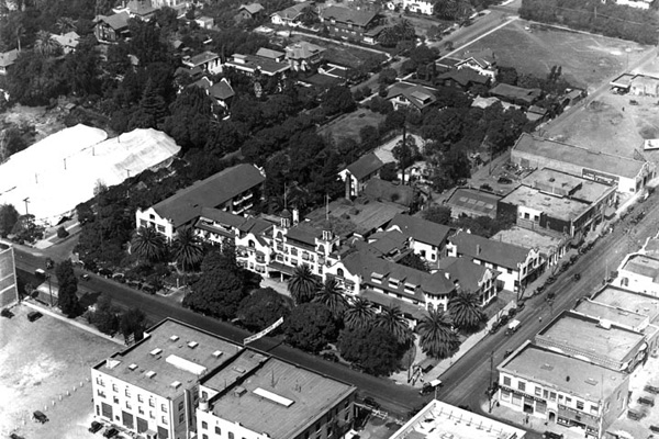 Aerial view of the Hollywood Hotel circa 1930
