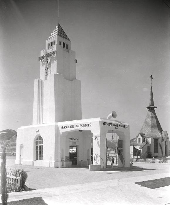 Sherman Oaks Service Station 15362 Ventura Blvd., Van Nuys