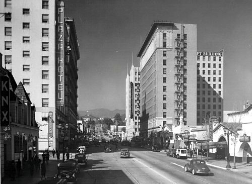 Vine Street facing north toward Hollywood Blvd corner, circa 1940s