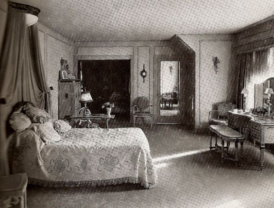Bedroom at Pickfair