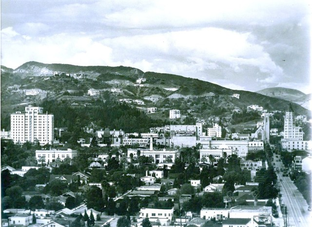 Bird's eye view of Hollywood facing north, 1932