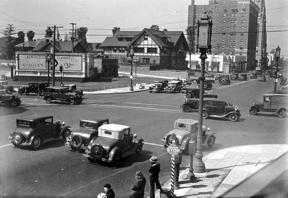 Corner Wilshire Blvd and Vermont Ave, 1932