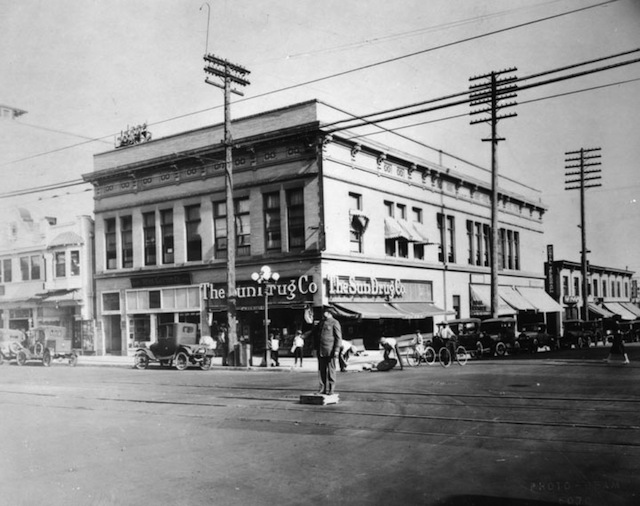 Police Officer directs traffic at Hollywood Blvd and Cahuenga Blvd, Hollywood, circa 1920s