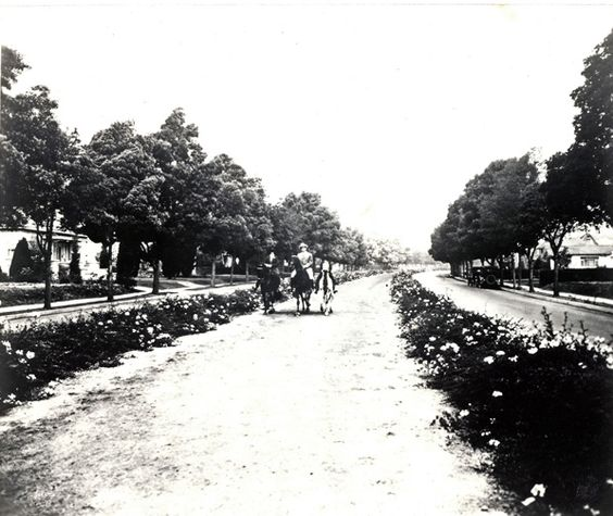 Rodeo Drive bridle path, Beverly Hills, circa 1925