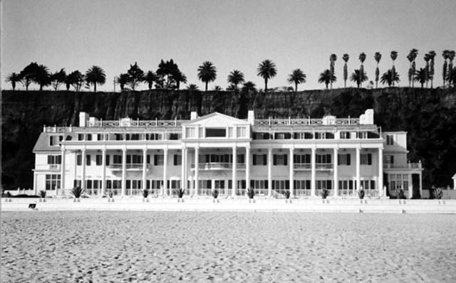 Marion Davies' beach house, Santa Monica