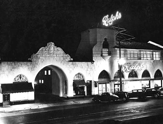 Night view of the exterior of Ralphs grocery store, Pasadena, 1929