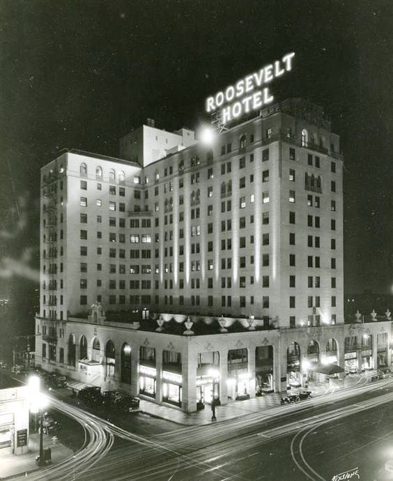 The Hollywood Roosevelt Hotel shortly after completion in 1927