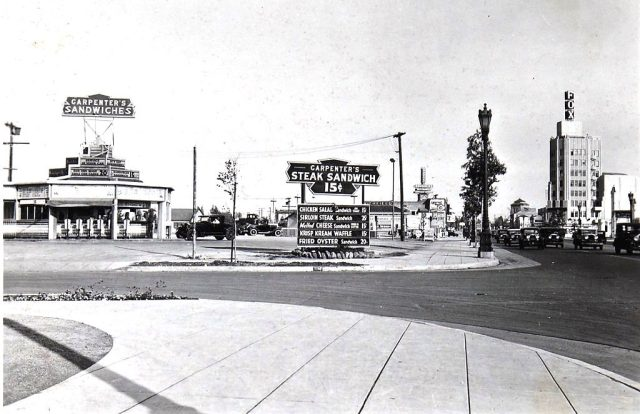 Carpenters drive-in restaurant at the corner of Wilshire Blvd and Le Doux Rd, Beverly Hills, October 1932