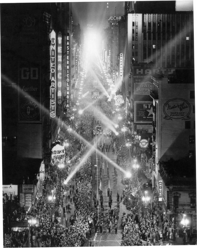 """Light on Parade"" festivities celebrating the arrival of electrical power generated by Hoover Dam, Broadway, downtown Los Angeles, 1936"