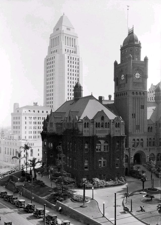 The old Los Angeles County Courthouse, with City Hall in the background, downtown Los Angeles, late 1920s