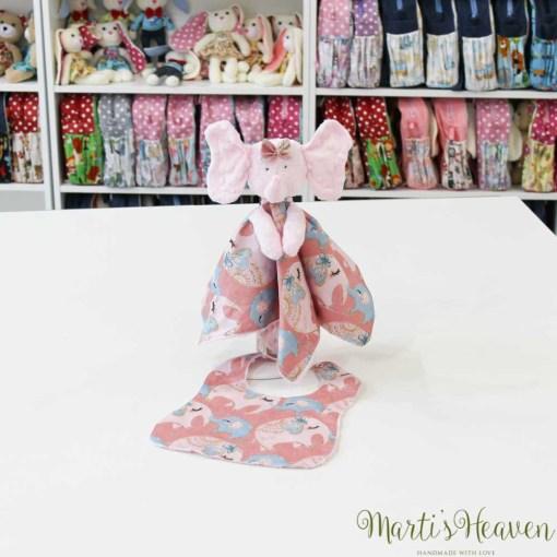 Розово слонче с лигавник за бебе