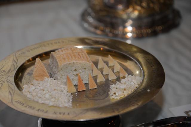Pseudoacriviștii nepomenitori despre pomenirea la Proscomidie a celor neîngrădiți de erezie