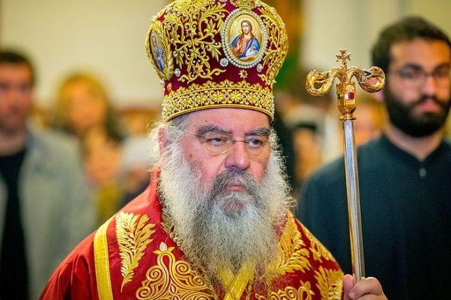 Mitropolitul cipriot Athanasie de Limassol a părăsit Sfânta Liturghie, în semn de protest, în momentul pomenirii schismaticului Epifanie